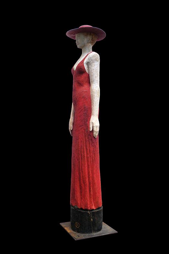 Lady in Red, 2009, Lärchenholz/Acrylfarbe, Höhe ca. 1,60 m